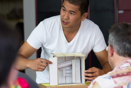 wiesbaden die 100 euro wohnung architekt van bo le. Black Bedroom Furniture Sets. Home Design Ideas
