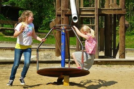 Spielplatz kann genutzt werden -
